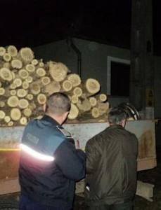 tir-cu-lemne-confiscat