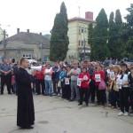Peste 100 de persoane au manifestat ieri la Câmpeni împotriva proiectului minier de la Roșia Montană