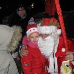 Ieri seară Câmpeniul a fost animat de festivități pentru copii dedicate Crăciunului