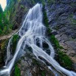 """""""Niagara Apusenilor"""" – o frumuseţe a naturii, dar şi o mare atracţie pentru mirese"""