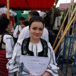 """Concursul de interpretare din cadrul Festivalului de Folclor """"Sus, sus, sus, la moți, la munte"""" de la Câmpeni a fost câștigat de Ioana Stan"""