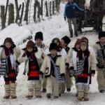 Obiceiuri şi tradiţii de Anul Nou: Pluguşorul, Capra, umblatul cu Ursul, Sorcova. Cele mai frumoase obiceiuri din ţara noastră | campeniinfo.ro