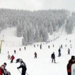 La pârtia de schi de la Arieşeni, parchezi, plăteşti, chitanţă nu mai primeşti…