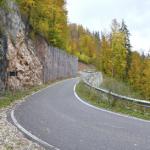 Drumul de acces spre Gheţarul Scărişoara a fost asfaltat de Primăria Gârda DE SUS cu bani europeni