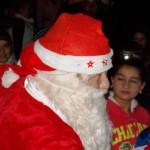 Moș Crăciun a sosit aseară cu daruri pentru copii din Câmpeni
