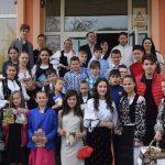 """,,Marşul cărţilor şi al cititorilor"""" la Liceul ,,Dr. Lazăr Chirilă"""" Baia de Arieş"""