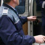 Bărbat de 45 de ani din Bistra reținut de polițiști pentru distrugere și lovire