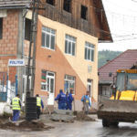 Centrul comunei Bistra îşi schimbă înfăţişarea
