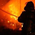 Intervenție a pompierilor militari din Câmpeni pentru stingerea unui incendiu izbucnit la o anexă gospodărească din comuna Bistra