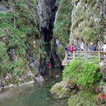 """O viitură a blocat 9 speologi în Peștera """"Huda lui Papară"""", din Munții Apuseni"""