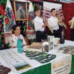 Zeci de meșteri populari și operatori de turism își expun produsele și ofertele la cea de-a XII-a ediție a Târgului Național de Turism Rural 2016, de la Albac