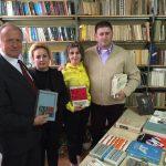 """Importante donaţii de carte la Biblioteca Orăşenească """"Avram Iancu"""" Câmpeni"""