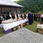 Fiii satului Poieni-Vidra și urmașii acestora s-au reîntors de Rusalii la originile lor strămoșești, din Munții Apuseni