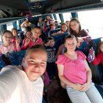 """Vacanţă cu surprize pentru copiii ocrotiţi în Centrul de zi """"Sfânta Varvara"""" din Baia de Arieş"""