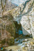 Valea Naibii, zona sălbatică din Alba, unicat în ţară datorită unui pod creeat cu măiestrie de natură