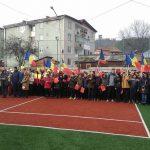"""FLASHMOB organizat de Ziua Națională a României, la Colegiul Național """"Avram Iancu"""" din Câmpeni"""