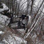 Bărbat de 35 de ani din Scărișoara rănit, după ce un autoturism condus de un șofer de 56 de ani din Alba Iulia s-a răsturnat într-o râpă din apropierea barajului de la Mihoiești