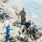 Ieri, 20 aprilie 2018, administrația locală din Câmpeni a organizat o amplă acțiune de ecologizare a albiei râului Arieș