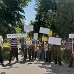 Localnici din comuna Horea au protestat, în fața Prefecturii Alba, nemulțumiți de noua cadastrare. Aceștia susțin că au rămas fără o parte din terenuri