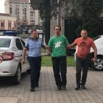 Un bărbat de 35 de ani acuzat că a sustras un viţel, la Baia de Arieș, dus la sediul IPJ Alba pentru audieri
