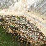 Barajul de la Mihoeşti a ajuns locul în care se strâng toate gunoaiele aduse de râurile Arieșul Mare și Arieșul Mic