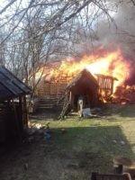 Apel Umanitar relansat de primarul orașului Câmpeni pentru ajutorarea familiei de vârstnici din satul Dănduț, rămasă fără casă după incendiul din urmă cu câteva luni
